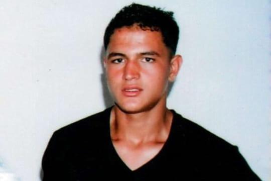 """Anis Amri: l'homme tué à Milan est le suspect de l'attentat de Berlin, """"sans l'ombre d'un doute"""""""