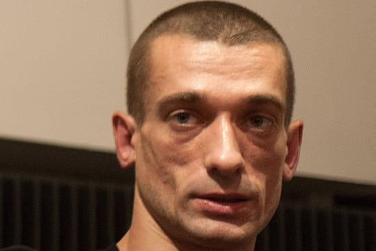 Alexandra de Taddeo: manipulée par Piotr Pavlenski pour nuire à LREM?