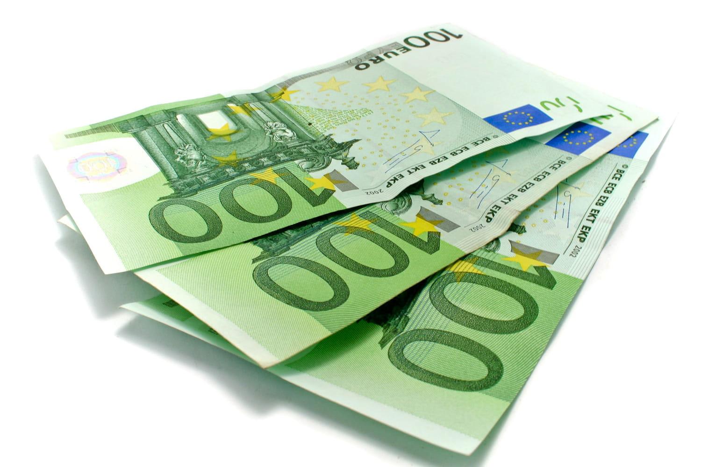 Nouveaux billets de 100et 200euros: des petits changements à noter