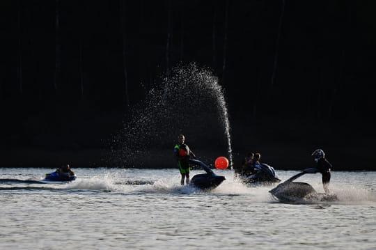 Jetski sur le lac