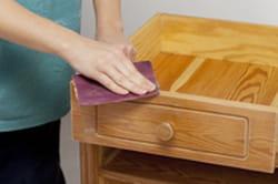 Poncer Un Meuble - Poncer un meuble en pin