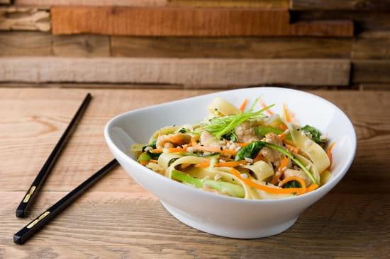 Baosian  - Wok fusion poulet pappardelle -