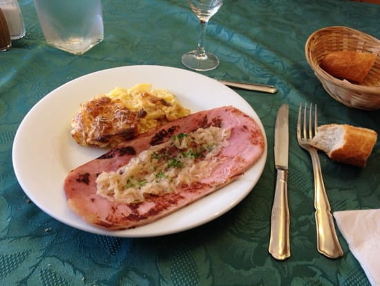 Plat : Restaurant du Barrage  - Jambon grillé aux échalotes et Gratin maison. Menu midi  -