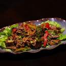 Entrée : Thai Fine  - Salade d'émincé de boeuf à la citronelle -   © HONG LOR