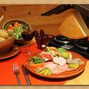 Au Bon Coin Restaurant  - Raclette à l'ancienne -   © Cornu René