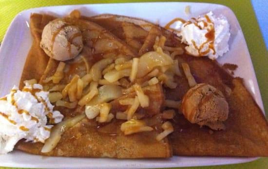 Dessert : Broceliande  - La mont saint-Michel avec  2 boules au choix. Ici 2 spéculos -