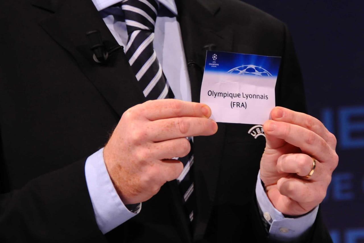DIRECT - Tirage Ligue des champions: les groupes du PSG, de Lyon et Lille
