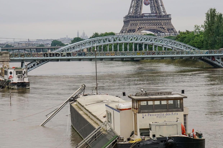 Paris : le niveau de la Seine est monté jusqu'à 3,16 m