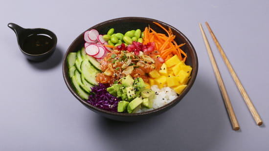 Plat : Yellow Kitchens  - Poke saumon -   © Yellow Kitchens