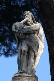 les saturnales était dédiées au dieu romain saturne