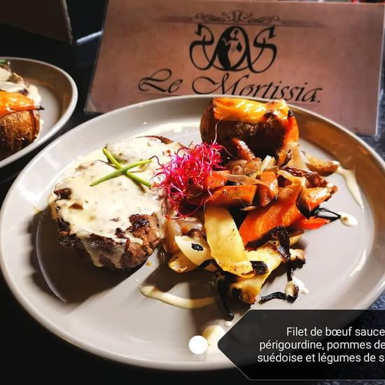 Plat : Le Mortissia  - Filet de boeuf sauce périgourdine légumes de saison -   © Le Mortissia