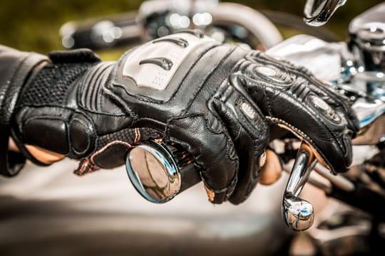 Gants de moto: comment bien les choisir