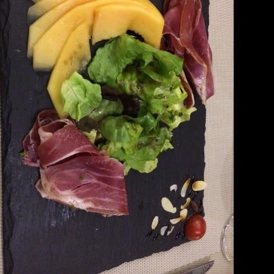 Entrée : Le Collectionneur Gourmand  - Melon et SERRANO  -