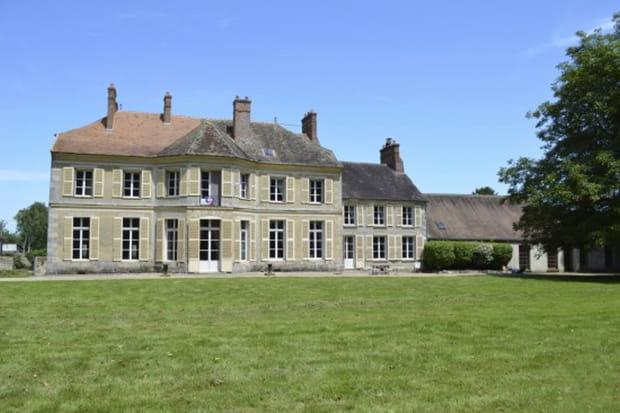 Un rarissime château en Essonne