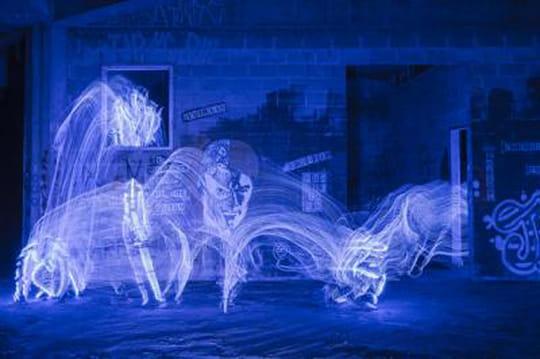 Light painting: d'incroyables mouvements de lumière