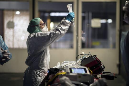 Mutation du Covid: la nouvelle souche britannique du virus se propage, un cas détecté en France