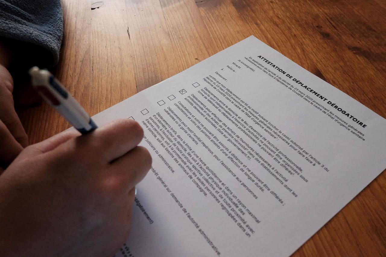 Nouvelle attestation de déplacement dérogatoire: télécharger, imprimer ou recopier l'attestation de sortie