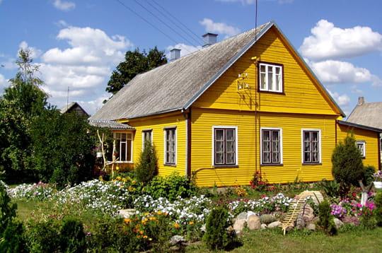 Maison typique lituanienne for Maison typique du nord de la france