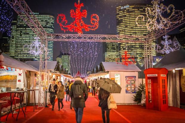 Le village de Noël de La Défense