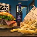 Plat : Ze Kitchen  - burger et frites fraîches -   © non