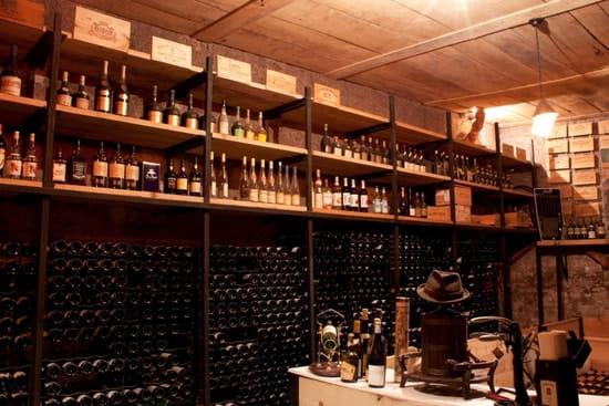 Au Bon Accueil  - Cave à vin du Restaurant -   © Au Bon Accueil
