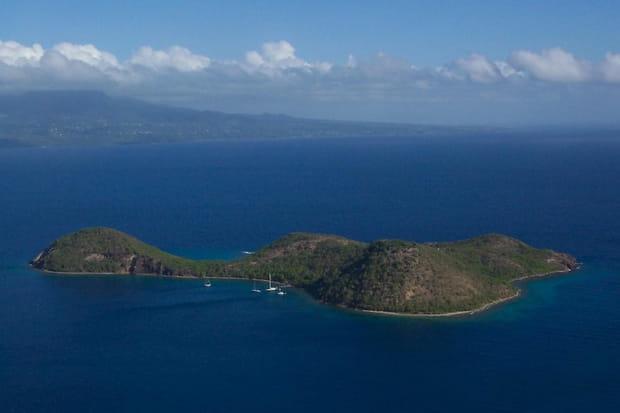 Vue sur l'îlet Cabri, petit joyau des Saintes