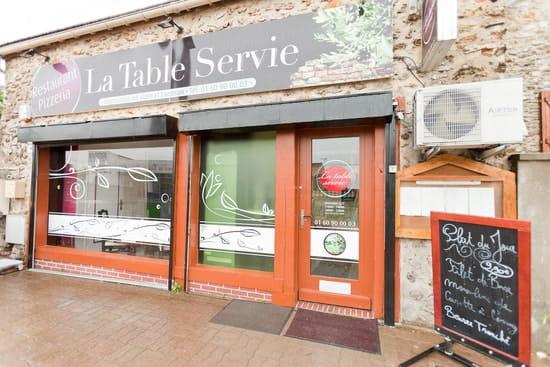 La Table Servie Restaurant De Cuisine Traditionnelle A Corbeil