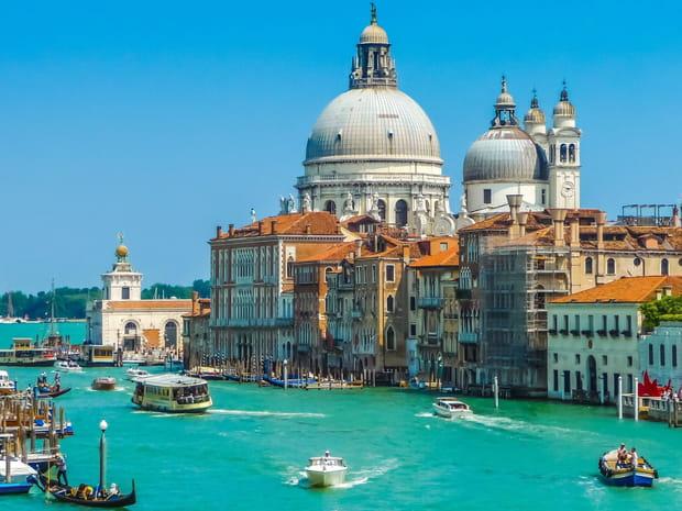 Les Français, pires touristesdu monde? Cesrécits qui tendent à le prouver