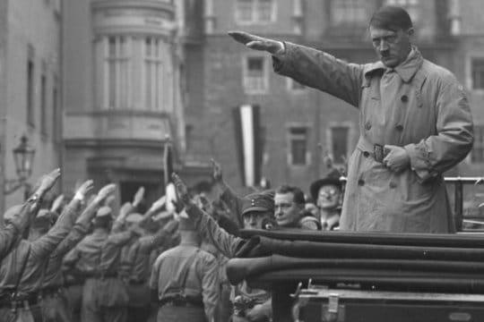 Adolf Hitler, au plus près du monstre