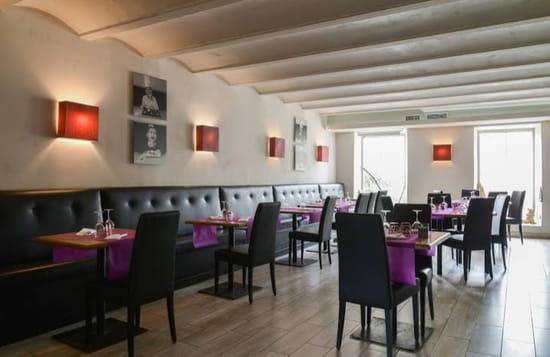 Restaurant : Chez Fred  - Salle climatisée -   © Salle du restaurant