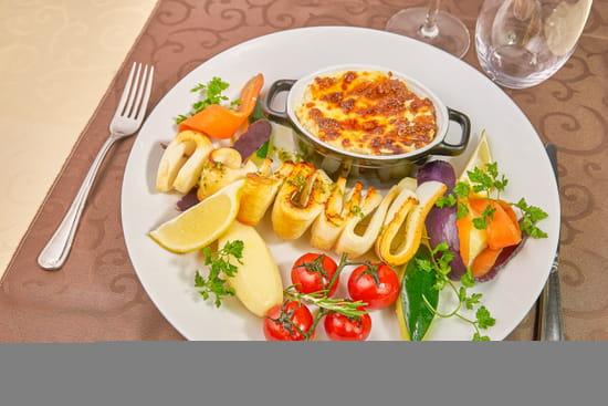 Plat : Les Amandiers  - Les Amandiers, est un restaurant français qui propose de la cuisine française -   © Copyright