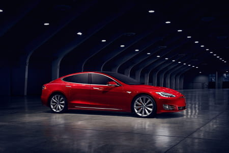 nouvelle tesla model s premi res photos du restylage. Black Bedroom Furniture Sets. Home Design Ideas