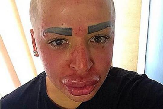 Kim Kardashian: pour lui ressembler, unhomme sombre dans l'horreur