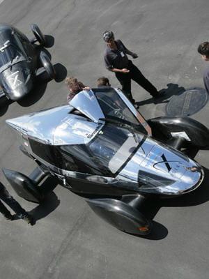 ce prototype a permis à l'équipe de gagner 5 millions de dollars au x prize.