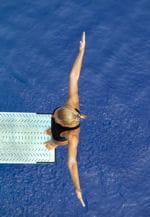 la plus jeune médaillée olympique de l'histoire est une plongeuse.