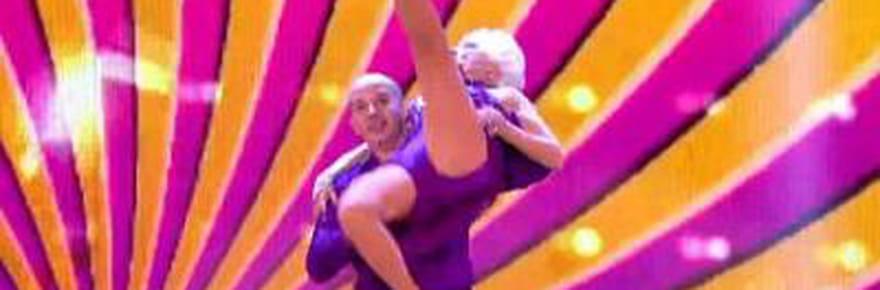 À 80 ans, elle danse la salsa comme personne !