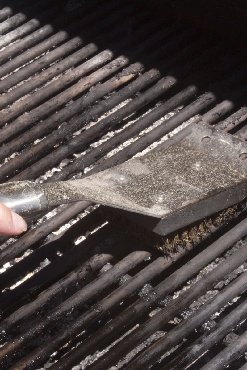 Il faut nettoyer la grille entre chaque utilisation vrai ou faux - Nettoyer les grilles du four ...