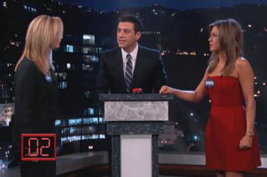 Jennifer Aniston insulte Lisa Kudrow à la télé [VIDEO]