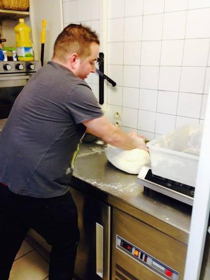 Au Bon Accueil  - Fabrication pâte a pizzas -