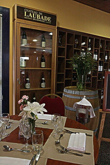 Restaurateur le Villeneuve  - reRESTAURANT TRADITIONNEL -   © RICORDEL FLORIAN