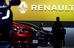 Renault pourrait supprimer des usines après ses premières pertes en dix ans