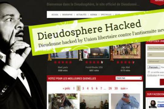 Dieudonné: lespro-quenelle identifiés, sonsite piraté