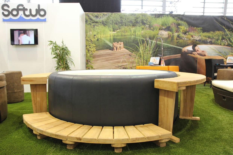 softub le spa nomade haut de gamme. Black Bedroom Furniture Sets. Home Design Ideas