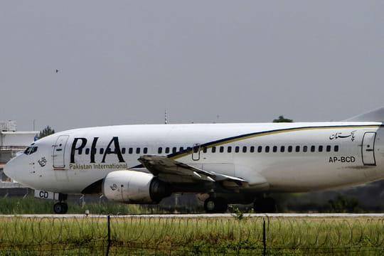 Crash d'un Airbus 320au Pakistan: des images terribles