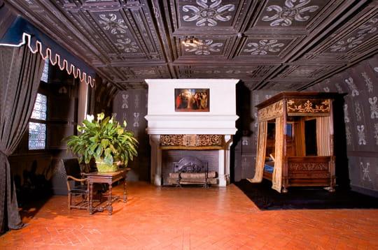 La chambre de louise de lorraine for Chateau chenonceau interieur