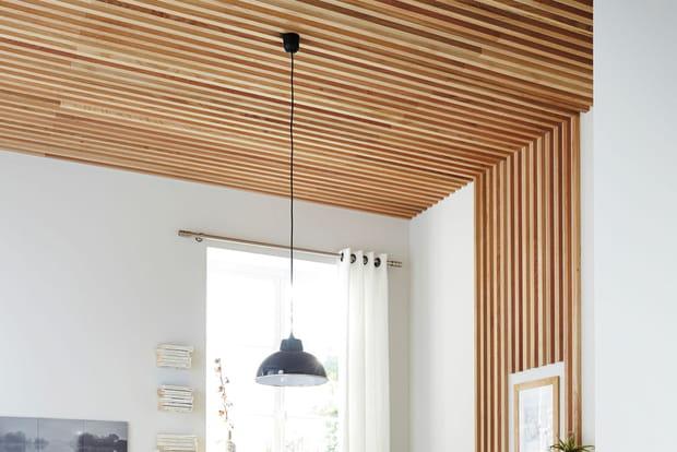 Des tasseaux au plafond