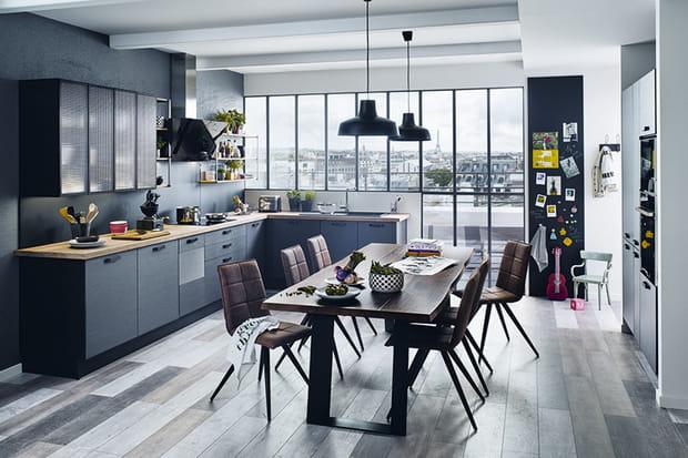 une cuisine ouverte en l. Black Bedroom Furniture Sets. Home Design Ideas
