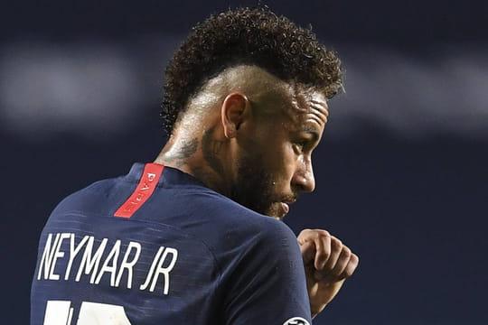 Neymar positif au coronavirus: le Brésilien mis en quarantaine