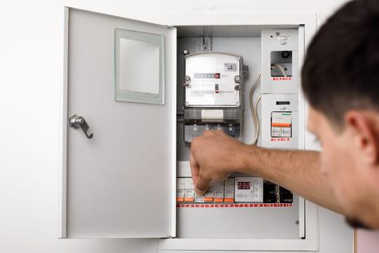 Coupure de courant: que faire et comment éviter une panne électrique?