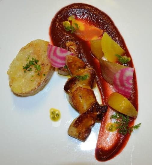 Restaurant la Couleuvrine  - Escalope de foie gras, mousseline de betterave, passion -   © La Couleuvrine
